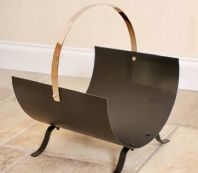 Black Metal And Chrome Curved Magazine Rack
